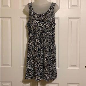 H&M basic floral dress Medium